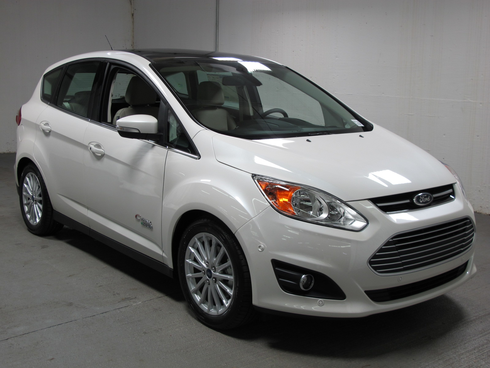 owned c max fwd inventory pre in sel sarasota hatchback ford energi